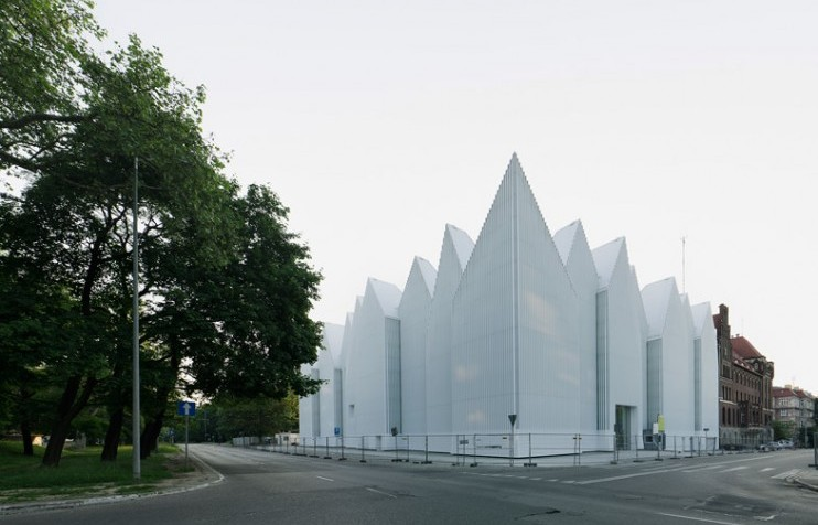 Romanian and Polish designs shortlisted for EU Prize of Contemporary Architecture 2015