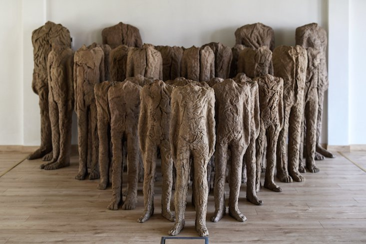 Wrocław hosts huge retrospective of works by sculptor Magdalena Abakanowicz