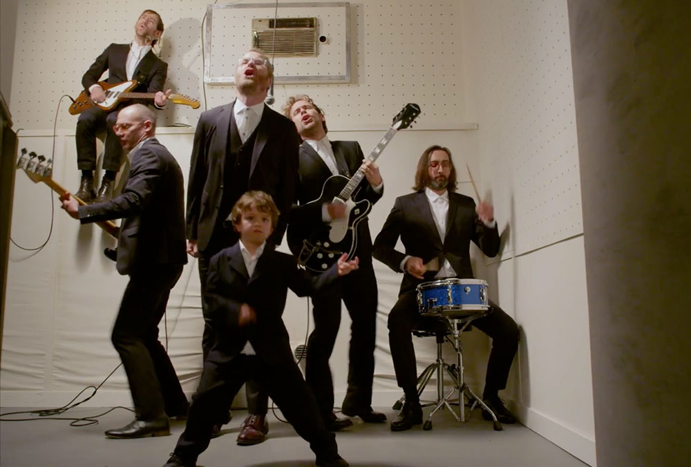 The National pay tribute to Russian rock band in new video