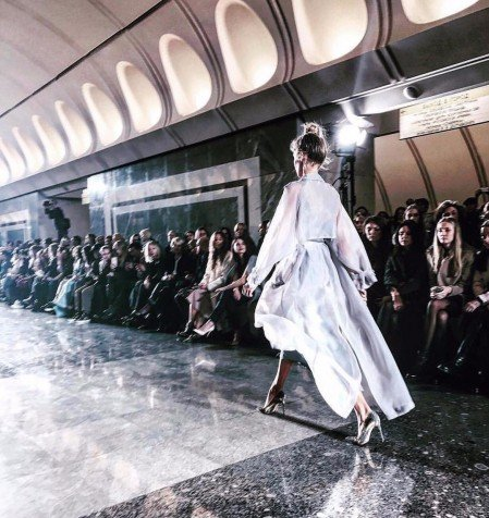 moscow metro hosts fashion show by alexander terekhov the calvert journal