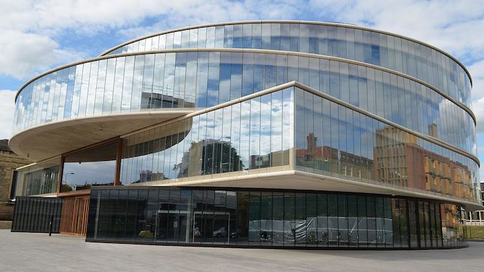 The Blavatnik School of Government at Oxford University. Image: cmglee under a CC licence