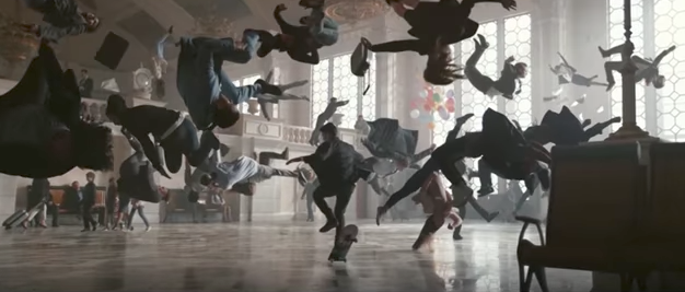 Skate through Kiev central station with the new Apple Watch ad