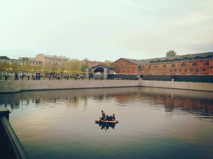 Artist takes to raft in protest of St Petersburg's New Holland
