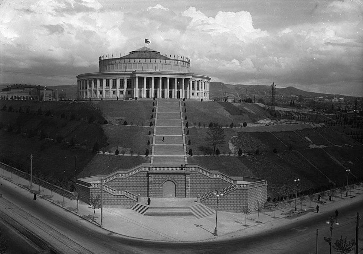 Iconic neo-classical Tbilisi Circus building up for sale