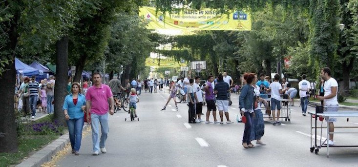 Bucharest curbs outdoor events