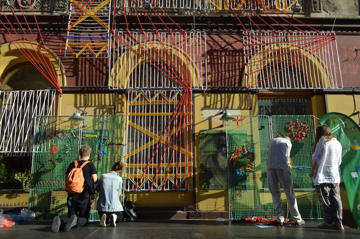 Weaving walls: textile tradition in dialogue with cityscape in Łódź