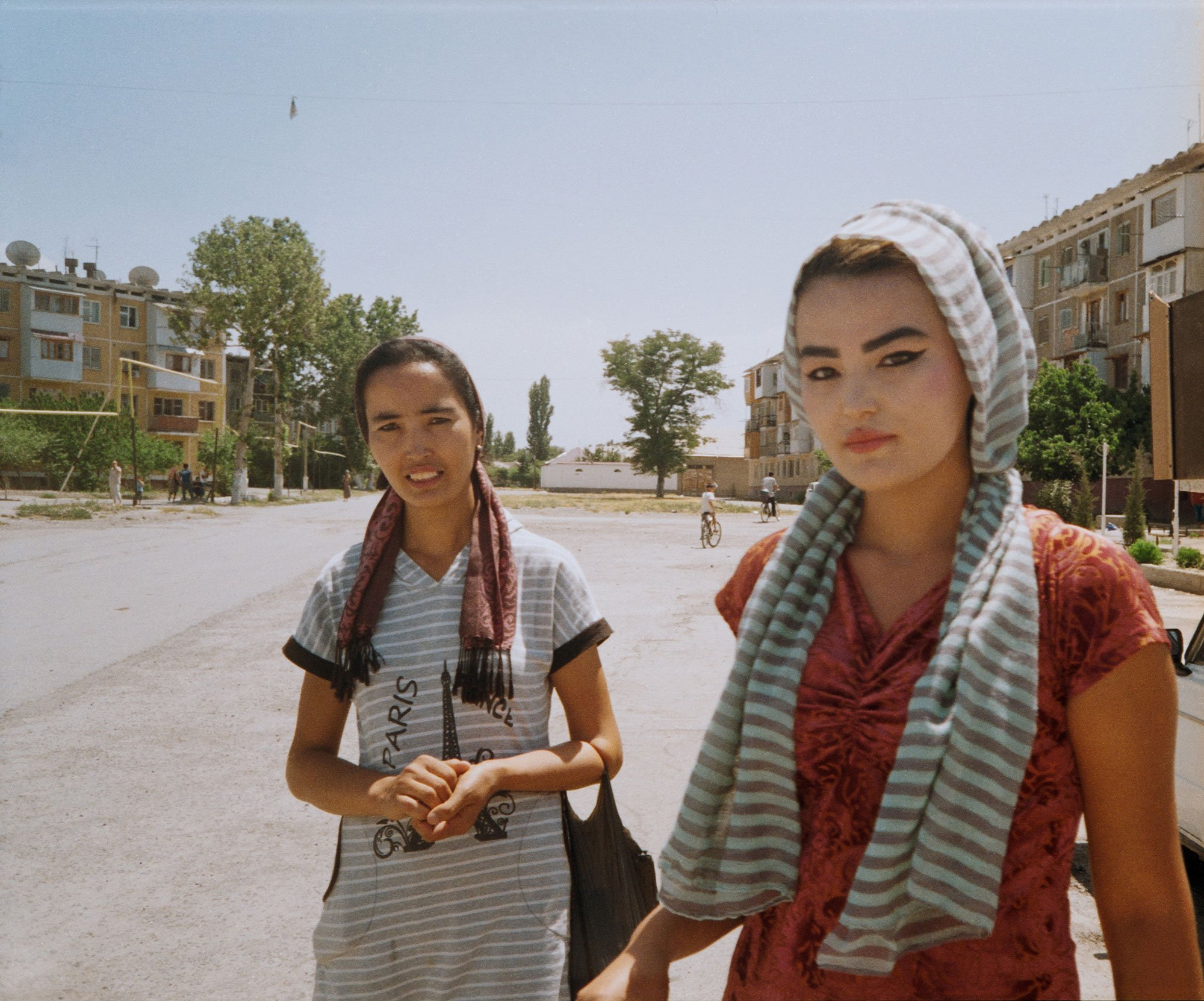 A thread in time: one photographer's inspiring search for sisterhood in Uzbekistan